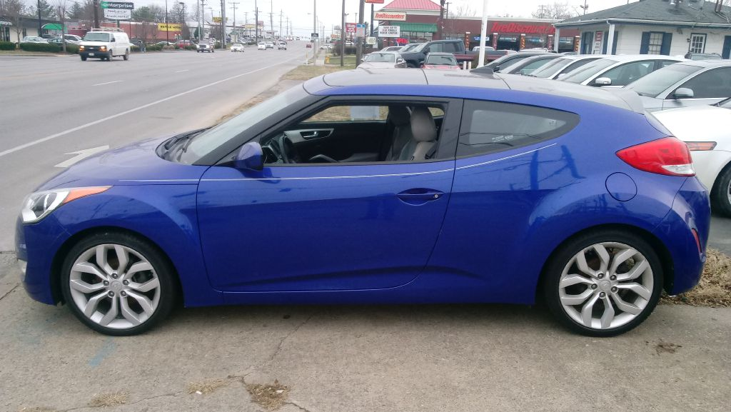 2012 hyundai veloster base used cars at central motors inc lexington ky buy here pay here. Black Bedroom Furniture Sets. Home Design Ideas