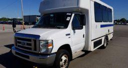 2009 Ford Econoline, Bus E350 Super Duty Cutaway Van